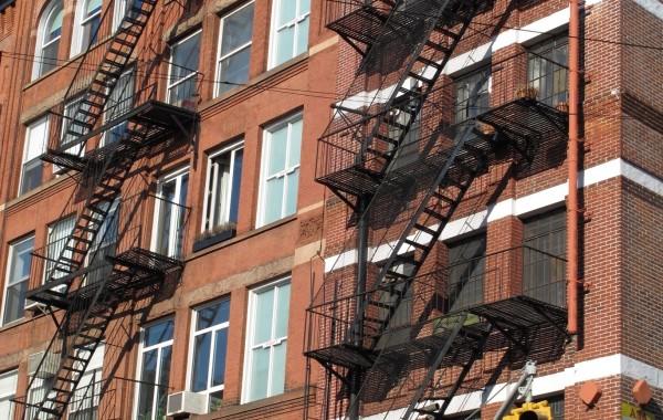 NY case con scala 1
